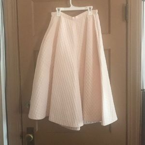 Beautiful light pink midi skirt 💕